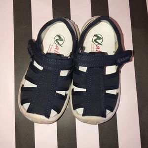 Naturino Navy Sandals Size 22 or 6